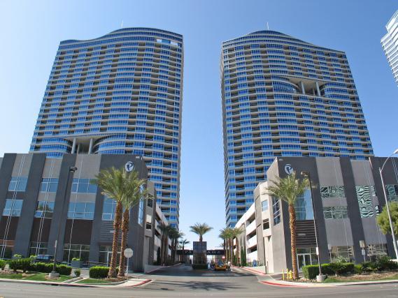 Panorama_Towers